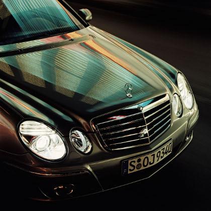 Mercedes_benz_w420_1.jpg