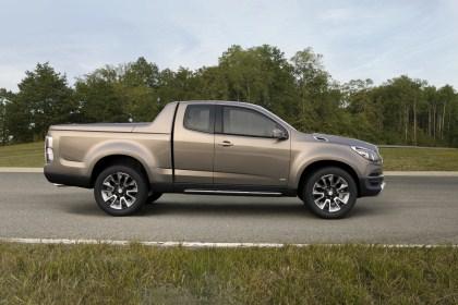 2011_Concept_Chevrolet_Colorado_Show_Truck_Thailand_016__420_x_280_.jpg